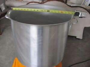 Cooking Aluminium Pots With Cover ( Qty: 2 )
