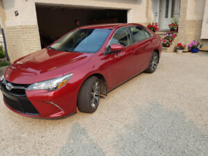 2017 Toyota Camry XSE for sale! Only 24 000km