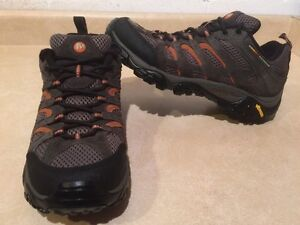 Men's Merrell Continuum Hiking Shoes Size 9 London Ontario image 1