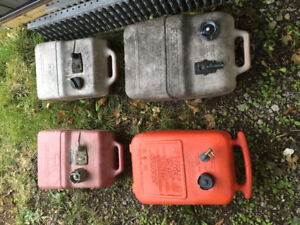 Gas Tanks for Outboard