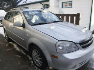 MUST Sell - 05 Chev Optra LS Compact Wagon & A Must See !!