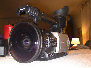 panasonic dvx100p/opteka fisheye LOW HOURS,LOTS OF EXTRAS!