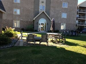1 Bedroom WOW first month free, deposit waived (conditions apply