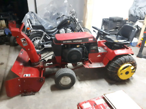 Toro wheel horse 416h with blower and mower deck