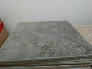 *MOVING - MUST GO ASAP* Porcelain Tile (400 sq ft)