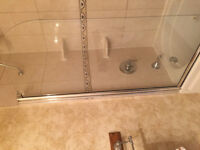 Glass door for bathtub