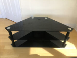 CORNER TV STAND – BLACK TEMPERED GLASS