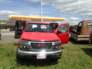 2007 GMC Canyon SLE 4 door 4x4 one(lady) owner ...only 88 K Kms