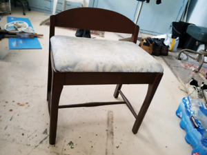 Antique Seat Chair