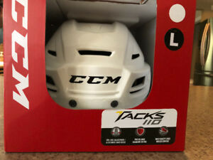 Brand New Large CCM Senior Tacks 110 Helmet (White)