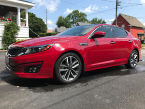 2015 Kia Optima SX Turbo Sedan - Top Trim Level- Reduced $1000