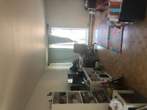 Sublease 4 1/2 in Saint-laurent area for $1000 from Aug to Nov