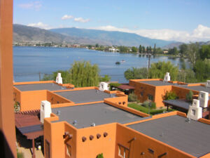 Osoyoos Lakefront Townhouse,sleeps 8
