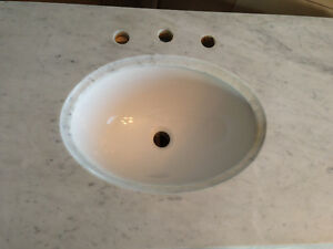Marble Vanity Counter Top with Undermount Sink