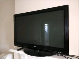 "*SPARES/REPAIRS* LG 42"" TV"