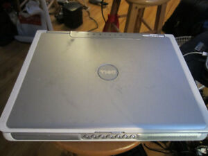 DELL KARAOKE LAPTOP WITH 35,000 SONGS!