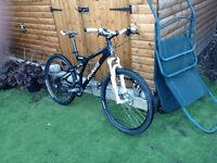 Full suspension specalized mountain bike