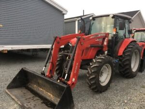 2017 Massey Ferguson 4609M Tractor with Loader