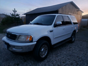 Rust free 1998 Ford Expedition