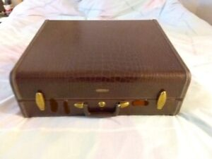 Vintage Samsonite Faux Alligator Leather Style # 4151 Luggage