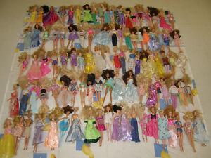 240 Barbie et Bratz en Lot a moins d'une offre exceptionnelle !