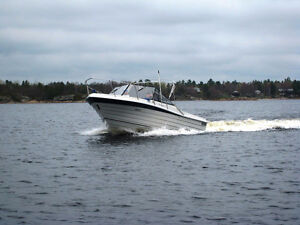 1995 - 26' Boat for sale - Penn Yan 262 Competitor ONLY 484 HRS!