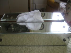 UNIQUE OLD ANTIQUE MIRRORED POP-UP TISSUE BOX