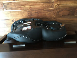 Mustang One-Piece Studded NIB - price reduction!!!! Cambridge Kitchener Area image 6