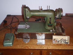 antique sewing machine Kitchener / Waterloo Kitchener Area image 4