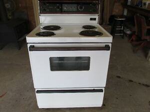 Stove - Clean & works good