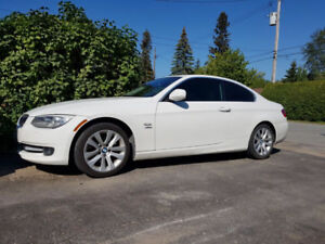 2012 BMW 3-Series 328i Xdrive Coupe (2 door)