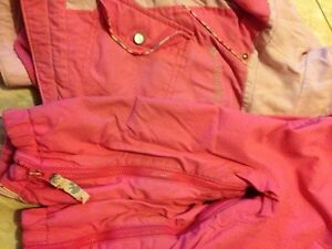 Pink Columbia 2T Snowsuit. Kitchener / Waterloo Kitchener Area image 5