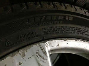 255/45R18 Michelin X-Ice Xi3 pneus d'hiver mags Mercedes TPMS West Island Greater Montréal image 4
