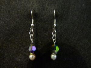 Boucles d'oreille, perle, swarovski et inox.