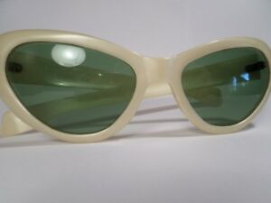 RETRO Cool Ray Poloroid Sunglasses  (VIEW OTHER ADS)) Kitchener / Waterloo Kitchener Area image 1