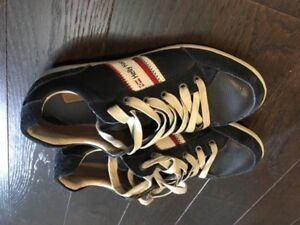 Helly Hansen Kordel navy leather shoes like new 8.5M