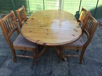 Pine Ducal Table & Chairs