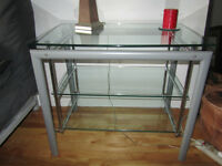Table d'appoint en verre de Structube