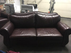 Sofa en cuir brun excellent condition