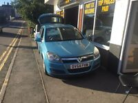 Astra automatic new mot low miles bargain