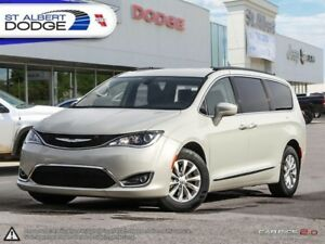 2017 Chrysler Pacifica Touring-L  FULLY LOADED | HEATED LEATHER
