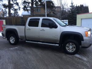 Duramax, Krowned 2x a yr. GM serviced front to back, new tires,