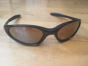 0d234c6af0 Oakley Minute 1.0 sunglasses