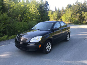 2008 Kia Rio  Sedan.   5 SPEED
