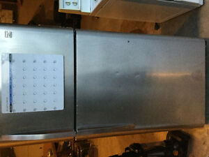 Stainless steel Fridge (has broken shelves)