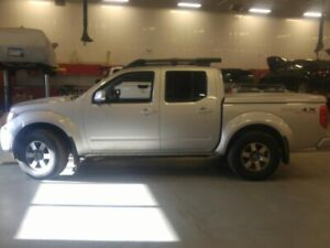 2009 Nissan Frontier 4WD Crew Cab *PLUS A $800 GAS CARD*