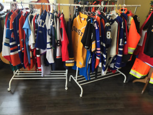 Looking to But Any NBA,NHL,MLB,NFL, SOCCER JERSEYS CASH