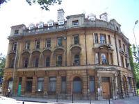 Lovely 2 bedroom flat in a converted bank, fantastic transport links