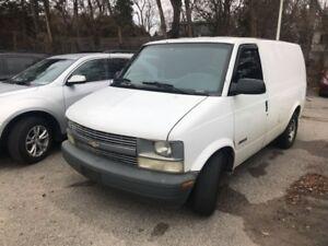 2001 Chevrolet Astro Cargo Van
