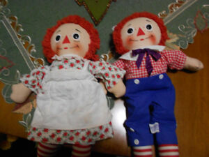 Rare Vintage -Raggedy Ann and Andy  Musical Dolls